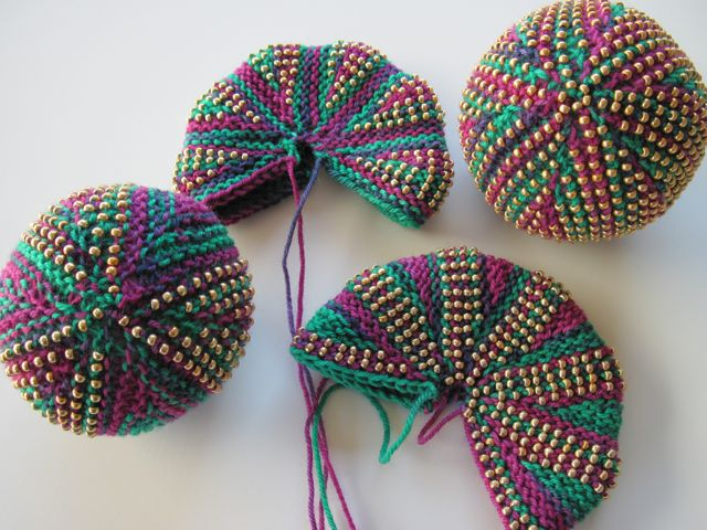 Knitting With Beads Instructions : Knitting giant beads for mardi gras taking time to smell